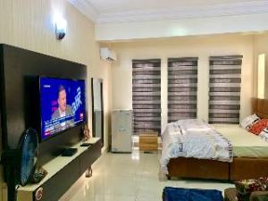 1 bedroom mini flat  Shared Apartment Flat / Apartment for shortlet Lekki phase and oniru ONIRU Victoria Island Lagos