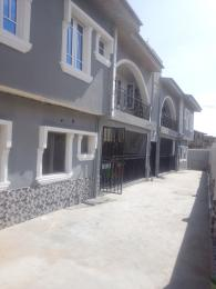 3 bedroom Flat / Apartment for rent Ogunsiji close, Arowojobe Oshodi Lagos. Arowojobe Oshodi Lagos