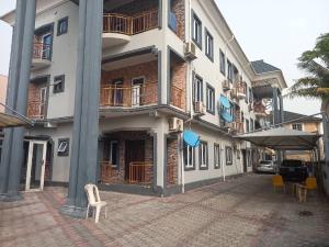 3 bedroom Blocks of Flats House for rent Five street estate Osapa london Lekki Lagos