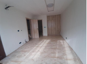 3 bedroom Factory Commercial Property for rent near general hospital dala Dala Kano
