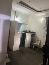 1 bedroom Self Contain for rent Onike Yaba Lagos