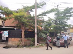 3 bedroom Blocks of Flats House for sale Off adelabu Adelabu Surulere Lagos