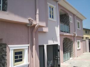 3 bedroom Blocks of Flats House for sale Iwaya Iwaya Yaba Lagos