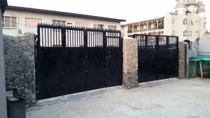 3 bedroom Blocks of Flats House for sale Off toyin Toyin street Ikeja Lagos