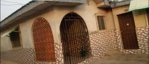 3 bedroom Blocks of Flats House for sale Ayekale, Osogbo Osun