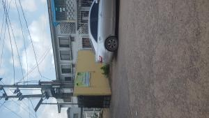 3 bedroom Blocks of Flats House for sale Ore close off Babatunde  Ogunlana Surulere Lagos