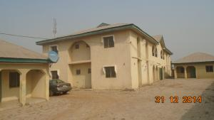 3 bedroom Flat / Apartment for sale Behind F-division police station, Tanke, Ilorin, Kwara State Ilorin Kwara