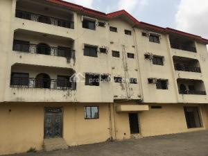 3 bedroom Blocks of Flats House for sale  Kaara/osolo Way/ Ajao Estate, Oshodi Lagos