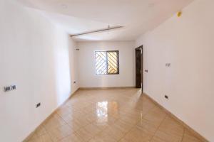 3 bedroom Flat / Apartment for sale Life camp axis Jabi Abuja