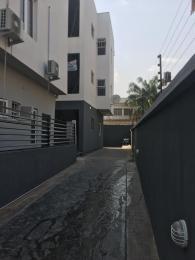 3 bedroom Blocks of Flats House for rent In an estate off adeniyi Jones, ikeja Adeniyi Jones Ikeja Lagos