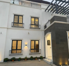 7 bedroom Massionette House for sale Setraco Gwarinpa Abuja