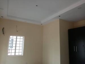 3 bedroom Flat / Apartment for sale .. Adekunle Yaba Lagos