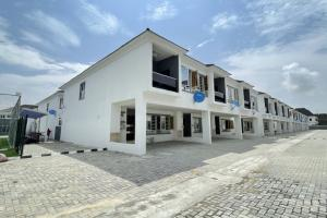 4 bedroom Terraced Duplex House for sale by Chevron Toll Gate Lekki Phase 1 Lekki Lagos