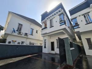 4 bedroom Detached Duplex House for sale 2nd Toll Gate,Lafiaji chevron Lekki Lagos