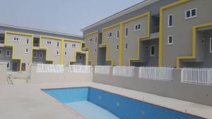 2 bedroom Flat / Apartment for rent Anchor Court Estate Lafiaji Lekki Lagos State. Oral Estate Lekki Lagos