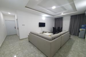 2 bedroom House for shortlet Ikota Lekki Lagos