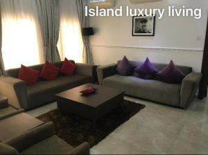 4 bedroom Flat / Apartment for rent Adeola Odeku Victoria Island Lagos