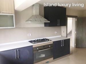 4 bedroom Penthouse for sale Ahmadu Bello Way Victoria Island Lagos