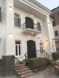 6 bedroom House for sale Guzape Fct Abuja. Guzape Abuja
