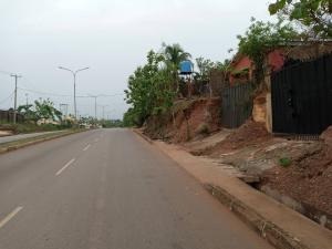 4 bedroom Detached Bungalow House for sale Bricks/Republic Layout Along Major Road Enugu Enugu