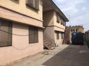 3 bedroom Blocks of Flats House for sale College crescent  Ring Rd Ibadan Oyo