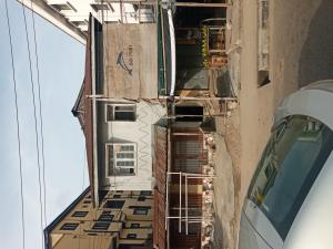 House for sale ITIRE ROAD close to Ojuelegba, opp Total Filling Station  Itire Surulere Lagos
