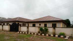 Blocks of Flats House for sale ADP close to Airport fence, Airport rd,Benin City Oredo Edo
