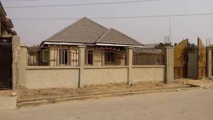 Detached Bungalow House for sale Udi avenue, Thomas estate Thomas estate Ajah Lagos