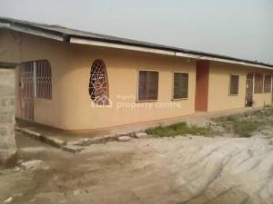 House for sale Upper Agbarho Street    Ughelli North Delta