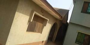 2 bedroom Blocks of Flats House for sale Arolambo oke aro Ogun state Agbado Ifo Ogun