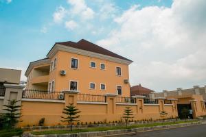 4 bedroom Studio Apartment Flat / Apartment for sale Matiama Maitama Abuja