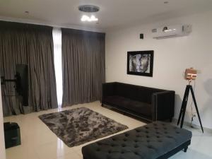3 bedroom Flat / Apartment for shortlet Cadogan Way Jakande Jakande Lekki Lagos