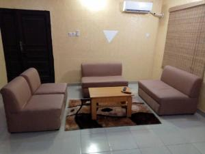 3 bedroom Flat / Apartment for shortlet 32 Aganga Williams, Off Haruna, Off College Road, Ogba/Ijaye Ifako-ogba Ogba Lagos