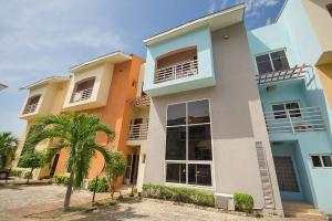 4 bedroom Terraced Duplex House for sale Oniru Private Estate ONIRU Victoria Island Lagos