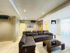 3 bedroom Flat / Apartment for rent Ozumba Mbadiwe Way Victoria Island Lagos