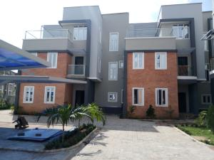 4 bedroom Terraced Duplex House for sale Behind pink plaza jahi Jahi Abuja