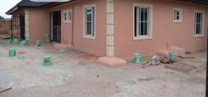 3 bedroom Blocks of Flats House for sale Airport Road Central Edo