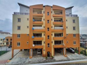 3 bedroom Flat / Apartment for sale Adekunle Yaba Lagos