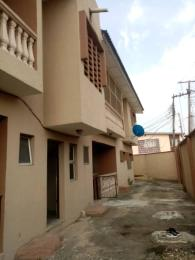 3 bedroom Blocks of Flats House for rent Atunrase Medina Gbagada Lagos