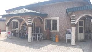 3 bedroom Detached Bungalow House for sale Malad crescent Idimu Egbe/Idimu Lagos