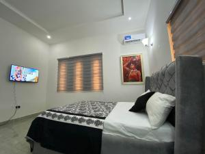 1 bedroom mini flat  Terraced Duplex House for shortlet Near Coza Guzape Abuja