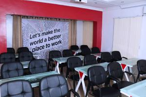 1 bedroom mini flat  Workstation Co working space for shortlet 2b, Fashola Street, Idiriko Estate Maryland Lagos
