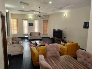 3 bedroom Terraced Duplex for shortlet Chevron , 2nd Toll Gate , Orchid Road ,lekki chevron Lekki Lagos