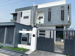 4 bedroom Semi Detached Duplex House for sale 2nd tollgate Lekki  chevron Lekki Lagos