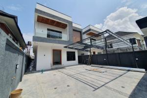5 bedroom Detached Duplex House for sale Before Chevron Lekki Lagos