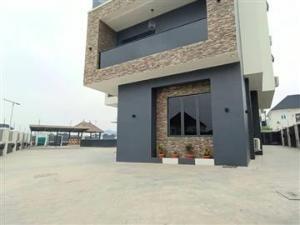 6 bedroom Massionette House for sale Kubwa Abuja