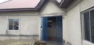 3 bedroom Mini flat Flat / Apartment for sale Near Chief Palace beside Fed Govt. College Tungamaje Gwagwalada Abuja