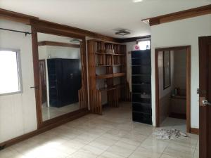 2 bedroom Blocks of Flats House for rent Dolphin Estate  Dolphin Estate Ikoyi Lagos