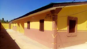 3 bedroom Blocks of Flats House for rent Federal housing Gornin gora Kaduna South Kaduna