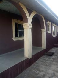 3 bedroom Blocks of Flats House for rent Apenhin iyana Agbala Area  Alakia Ibadan Oyo